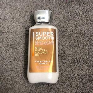 Super smooth body lotion B&BW